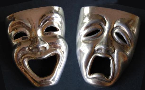 mascaras teatro grego